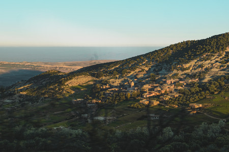 Moroccan landscape photography: Morning view of the Atlas Mountains | RollingBear Travels.