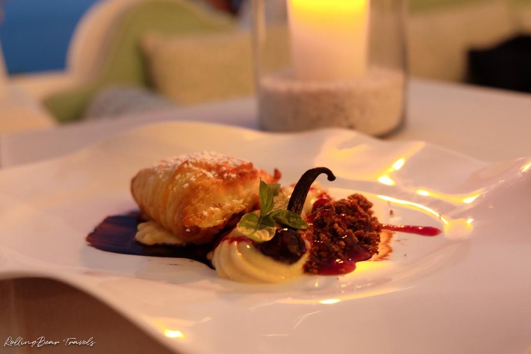 Terrazza Celè Restaurant dessert: Sfogliatella with custard and black cherry | RollingBear Travels.