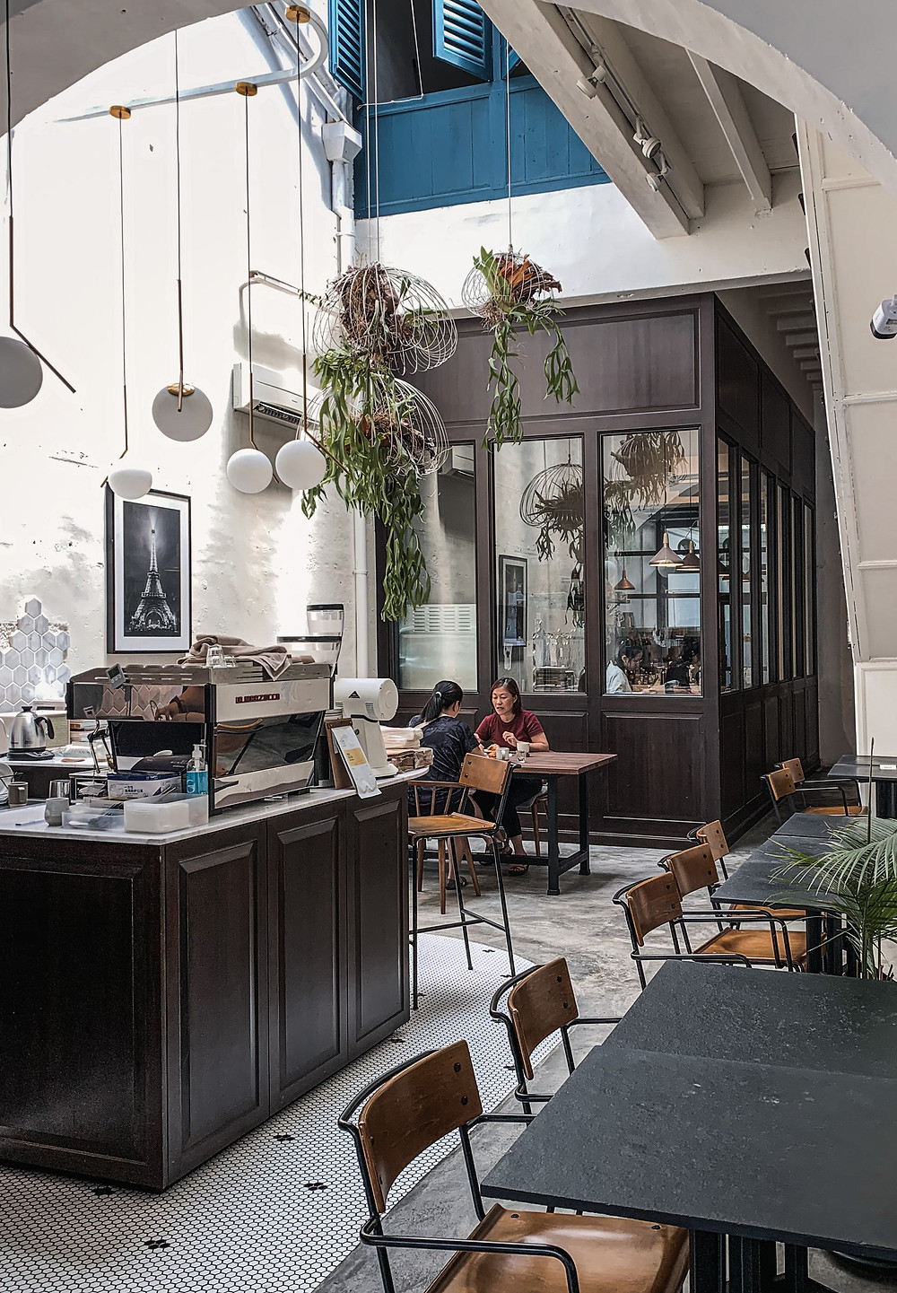 Classy modern interiors of Le Petit Four Patisserie, RollingBear Travels photography.