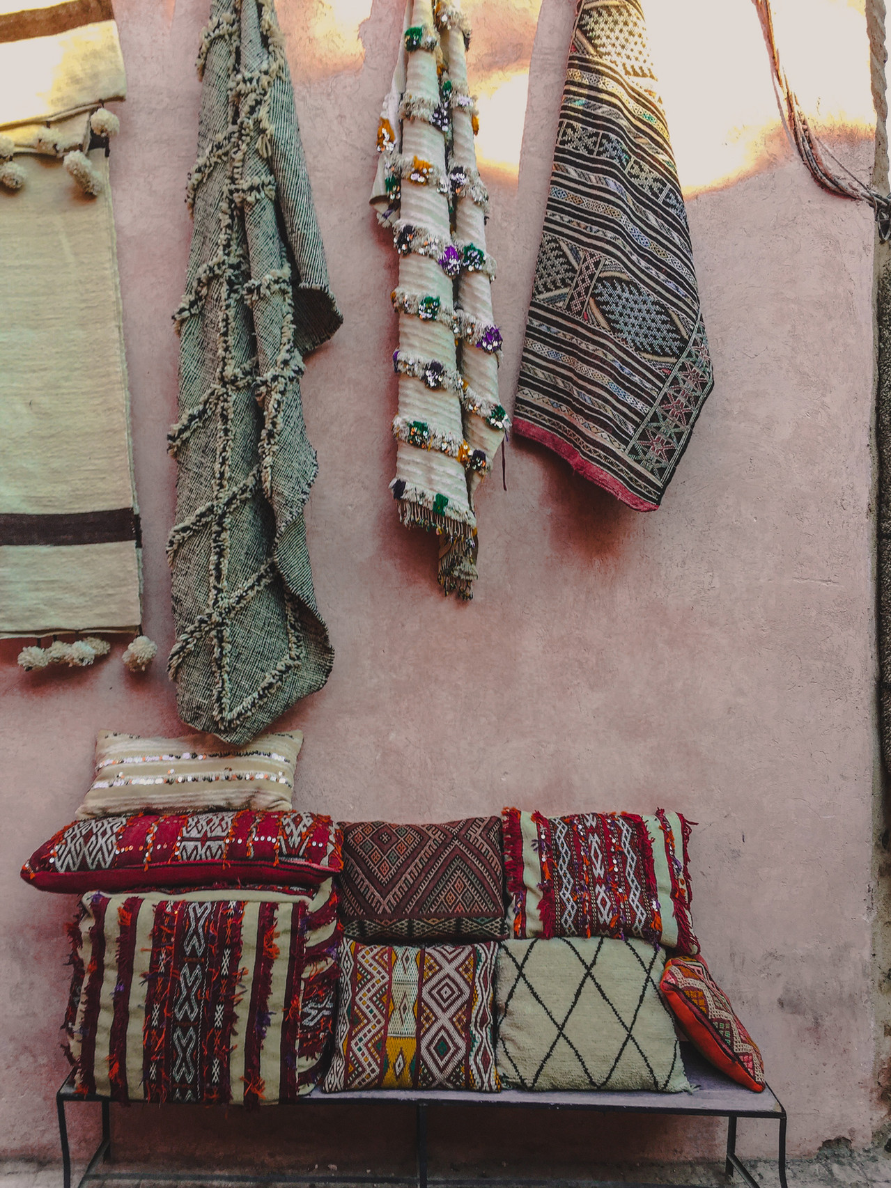 Medina corners: Embroidered Moroccan rugs and cushion covers | RollingBear Travels
