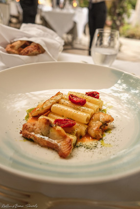 Al Palazzo restaurant food photography: Seafood candle pasta with sun-dried tomatoes | RollingBear Travels.