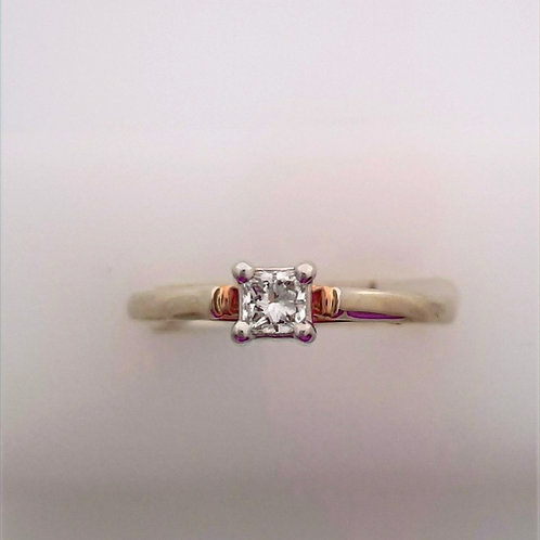 14 karat Princess cut solitaire