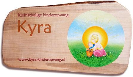 Kyra_bord_2A_1200x695px.jpg