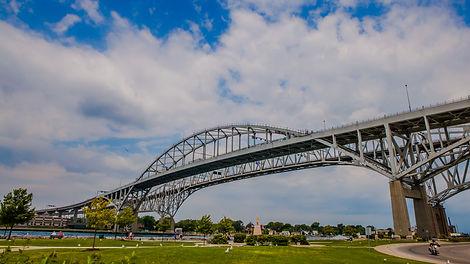 Blue_Water_Bridge_-_Sarnia.jpg