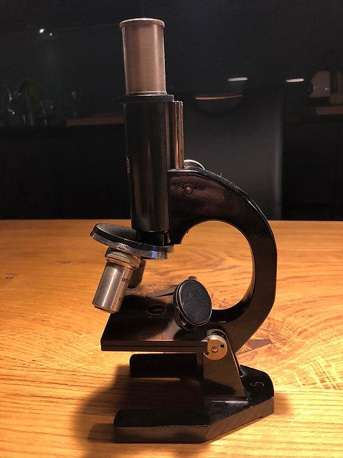 Antikes Mikroskop