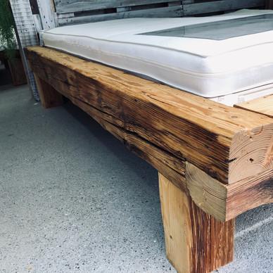 Balkenbett art.life.wood