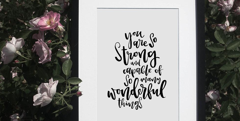 Wunderschöner Kunstdruck in Rahmen auf einem Rosenbusch