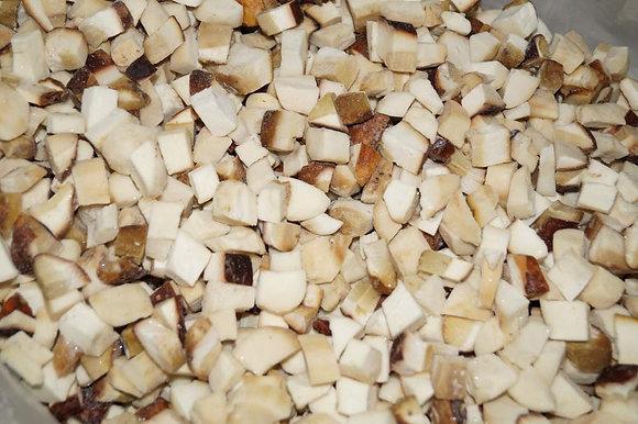 Белый гриб резаный