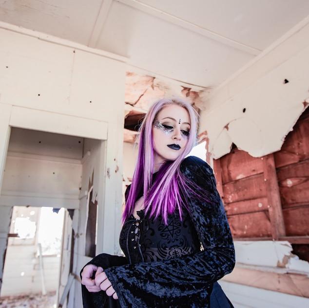 Model: Sara Vogelsanger Photographer: Tanner Perry