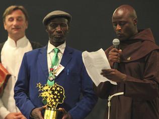 Un franciscano gana el Nobel en educación