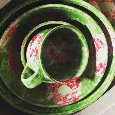 Dishtowl Batik Nesting Bowls and Latte Cup
