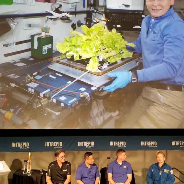 Meeting Astronaut Peggy.jpg