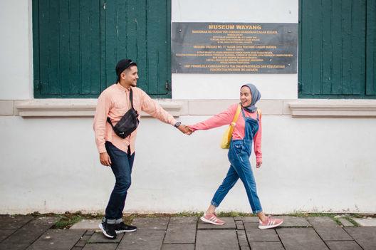 Couple photos in Indonesia