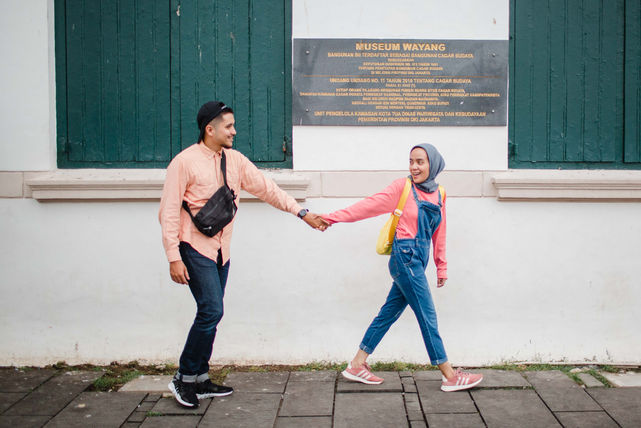 Couple photos in Indonesia