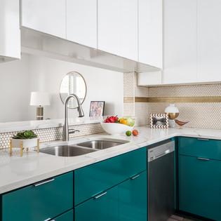 Modern Kitchen 1.jpg