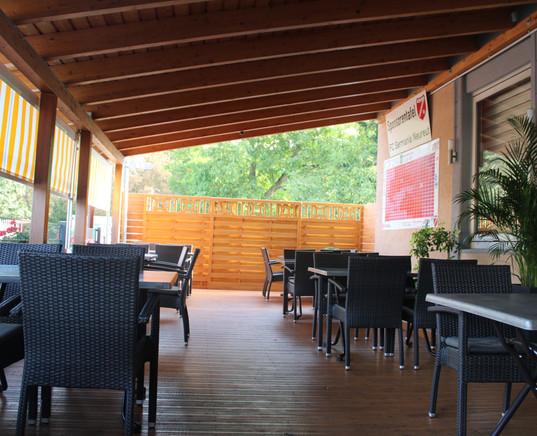 Restaurant_Terasse_2.JPG