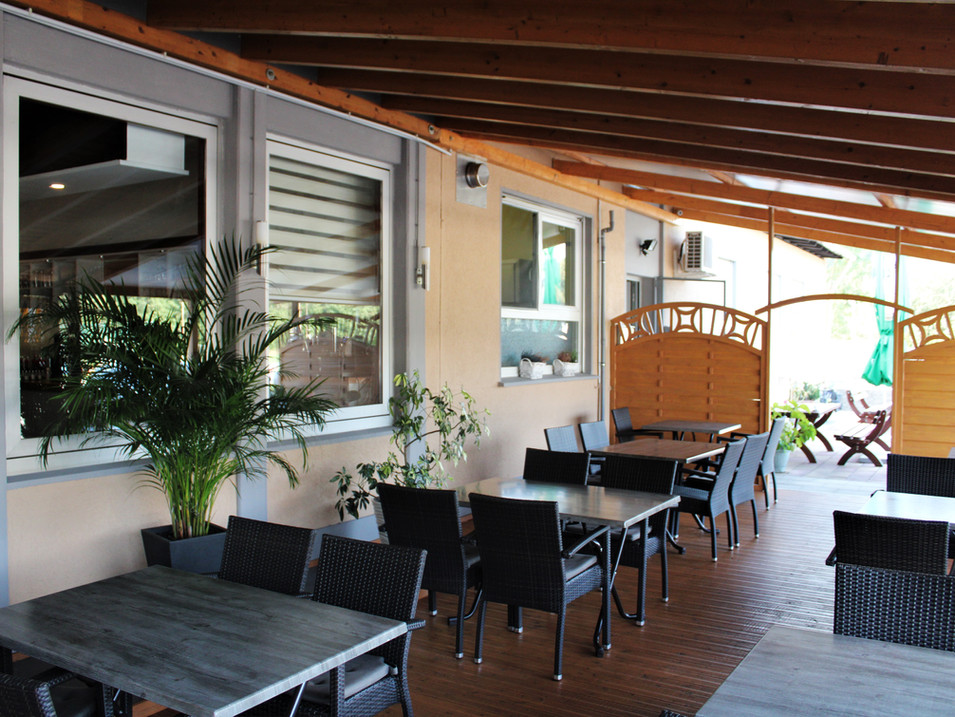 Restaurant_Terasse.jpg