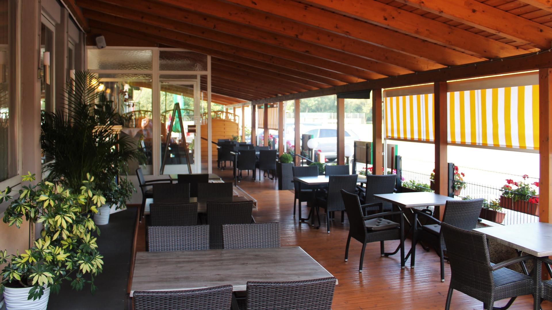Restaurant_Terasse_1.JPG