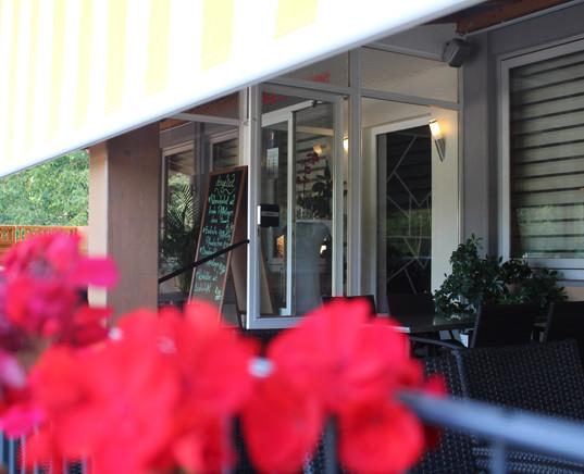 Restaurant_Terasse_3.JPG