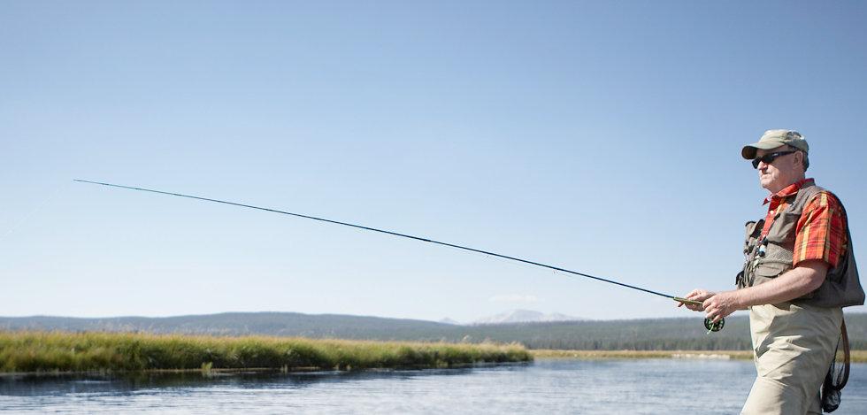 Man fishinig