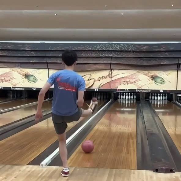 Curve a bowling ball using my LEG! How taekwondo people bowl part 2!
