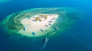 Aerial-view-of-exotic-Gili-Kedis-island-