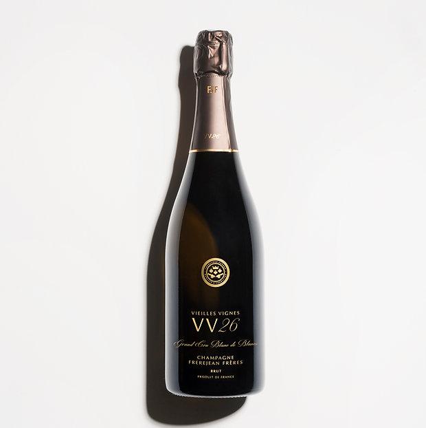 Une bouteille de champagne VV26 frerejean freres distrbué par Sagittarius France