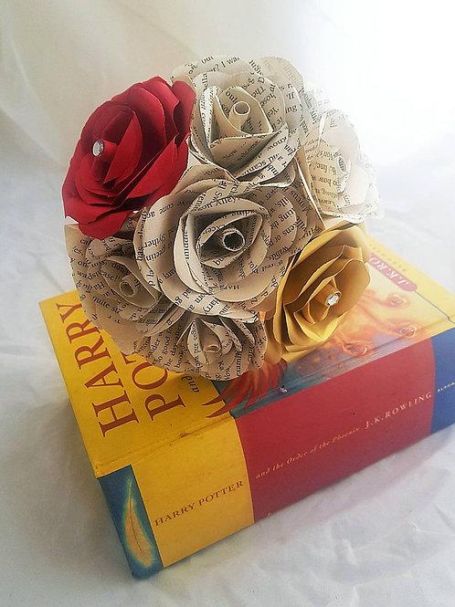 Gryffindor - Book flowers, Bridesmaid bouquet, Harry Potter wedding