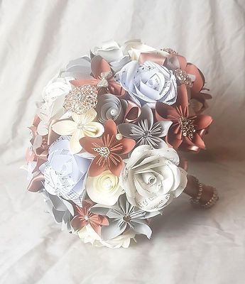 Bespoke bridal bouquet with family heirlooms
