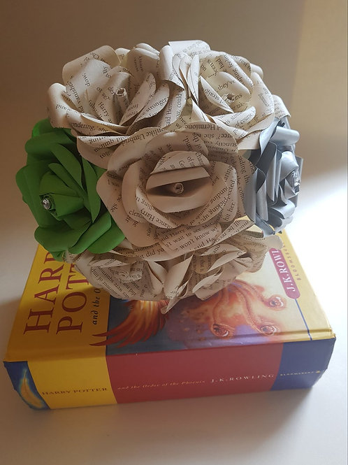 Slytherin - Book flowers, Bridesmaid bouquet, Harry Potter wedding
