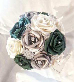 Small classic bridal bouquet