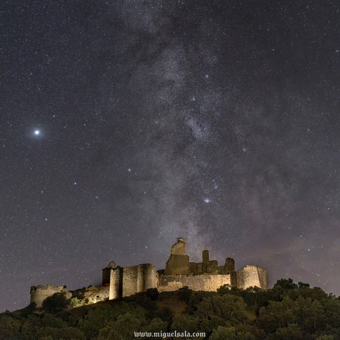 Milky Way over the Castle