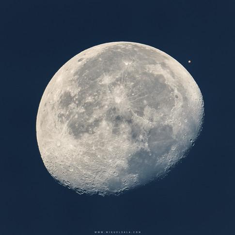Conjunción de Marte con la Luna