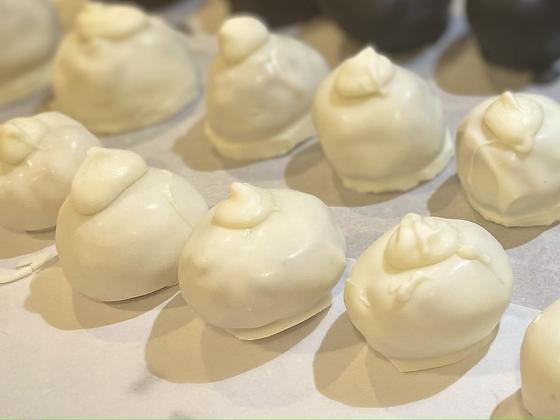 Peanut Butter Yogurt Crunch Balls
