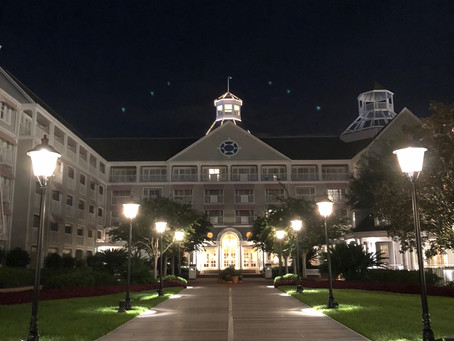 10 reasons we love The Yacht Club Resort at WDW