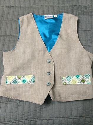 Boys 3 Button Vest, Size 5