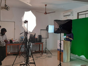 Multimedia Studio for Professional Quality E-Lectures.