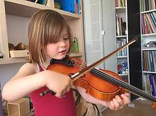 Cours violon Zikaportée enfant ludique Montessori