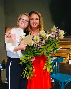 Kristin Kirchhoff und Zoë Schlär beim Abschluss der Mediationsausbildung des Jahrganges 2019-2020 II