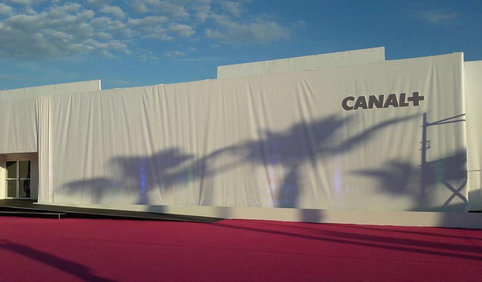 Phileog%20design-Canal%2B-Festival%20de%20Cannes%201_edited.jpg
