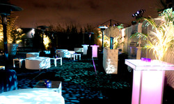 OutdoorPiazza2205837