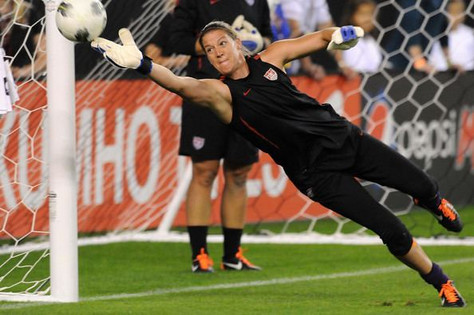 A true student of the game...an informative interview w/ USWNT goalkeeper Nicole Barnhart!