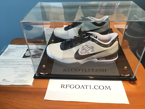 Roger Federer Match Worn Signed Custom PE Nike Shoe ATP Finals