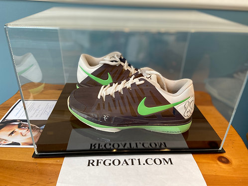 Roger Federer Match Worn Signed Custom PE Nike Shoes Halle 2013