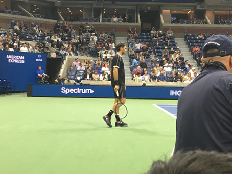 What Tennis Shoes Does Roger Federer REALLY Wear?