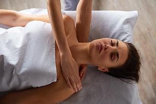 massaggio-rilassante-caramanico-terme.jp