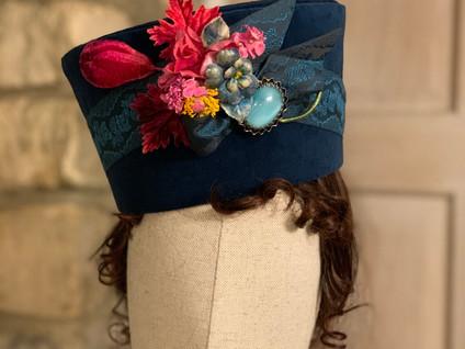 Regency Round Hat (23)