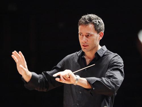 Charles Olivieri-Munroe opens Stuttgart Philharmonic 2015/16 concert season!