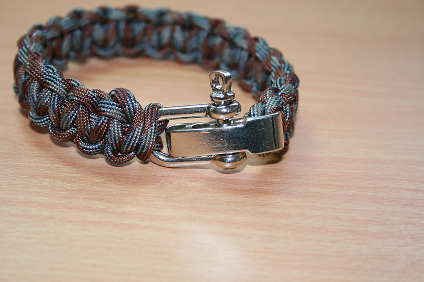 Paracord Single Cobra Shackle Bracelet