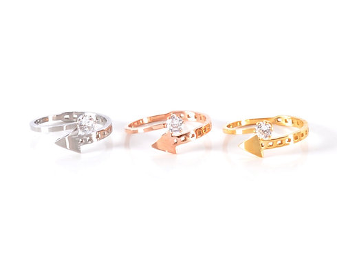 Cannes Arrow Ring